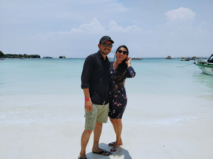 couple on bali beach