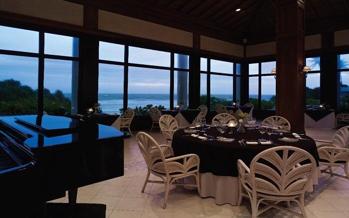Sea View Restaurant in Bentota