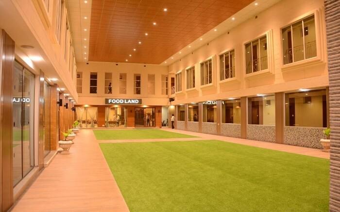 Prince Hotel Residency ss14052018