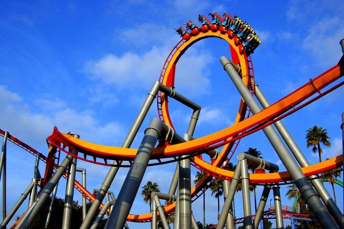 Ride a rollercoaster in los angeles