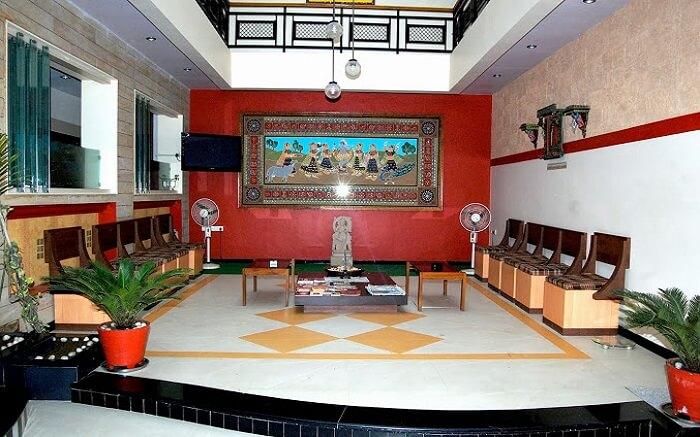 Shiv Hotel ss14052018