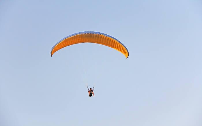 acj-2205-paragliding-in-bhimtal 1 (2)