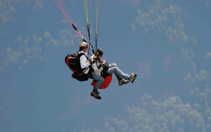 acj-2205-paragliding-in-bhimtal 4