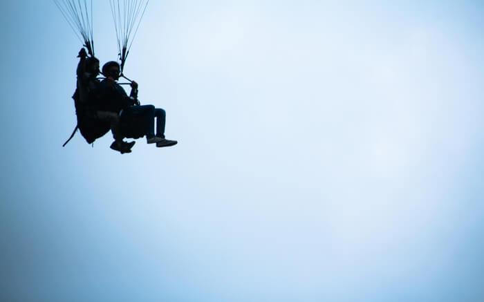 acj-2205-paragliding-in-bhimtal 6