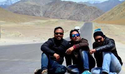 friends trip to ladakh