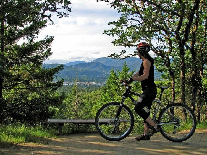 cycling in naqndi hills