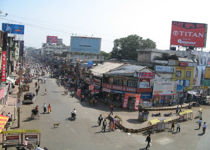 busy marketplace in rajkot