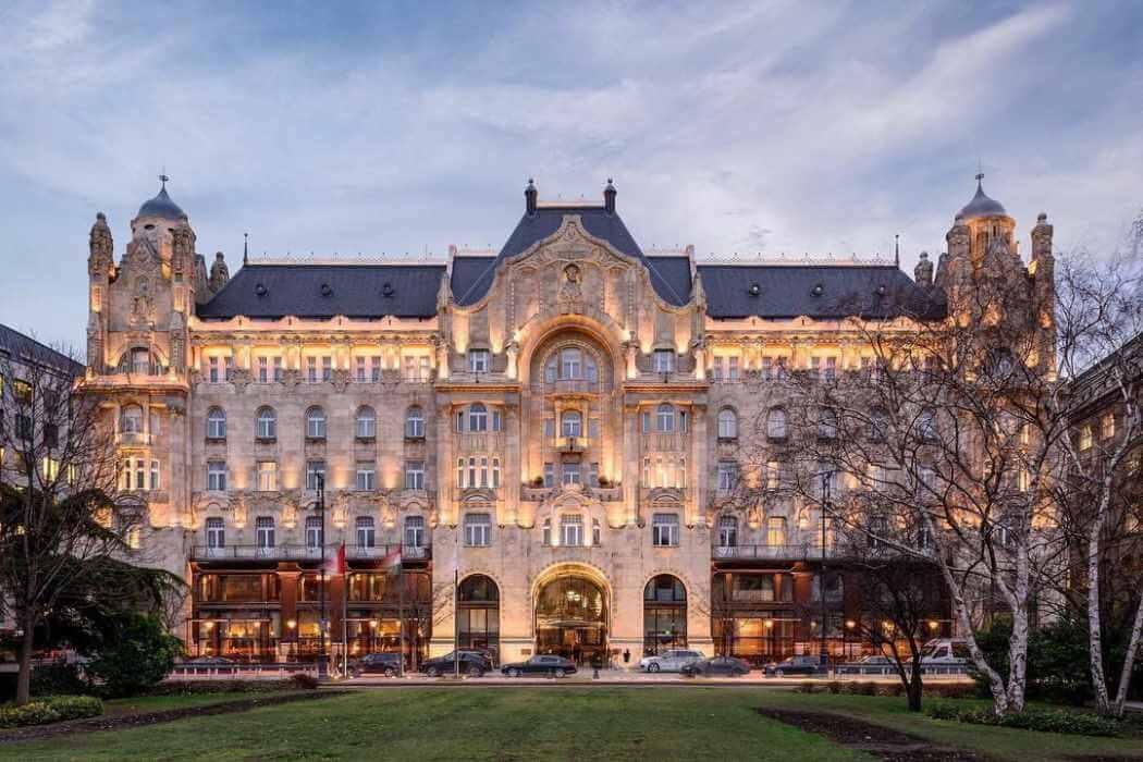 a gorgeous Gresham Palace hotel