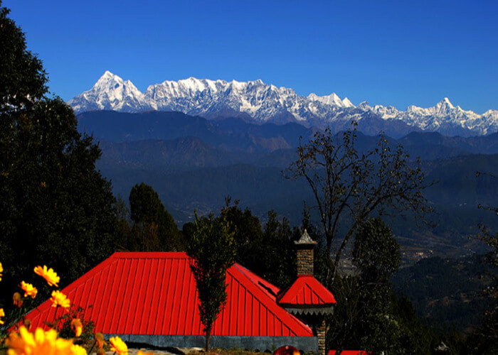 panoramic views of Himalayan peaks