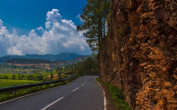 Empty Road in Kausani Uttrakhand