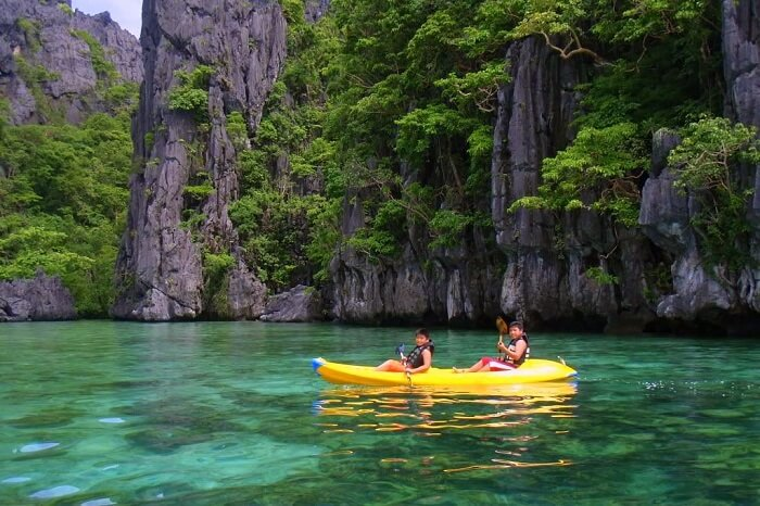 Go kayaking in Philippines