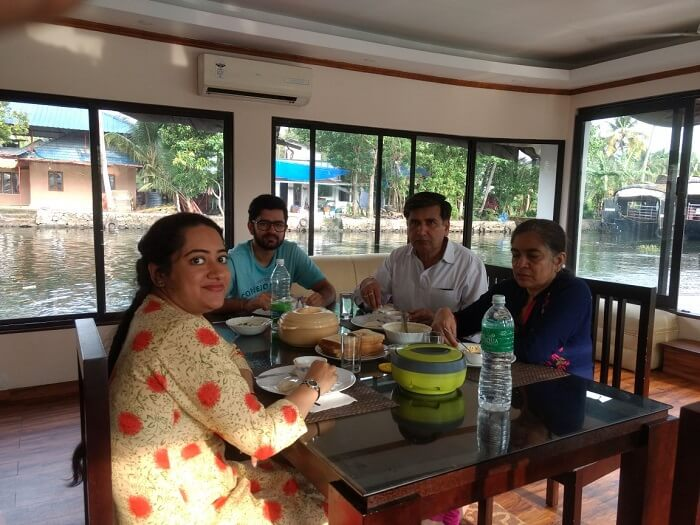 Lunch in the houseboat