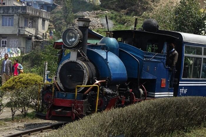 toy train station darjeeling