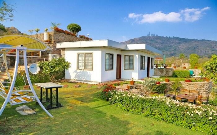 Krishna Pushp Farm House - An eco-friendly cottage s