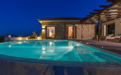 Villas In Greece Will Redefine your taste For Luxury
