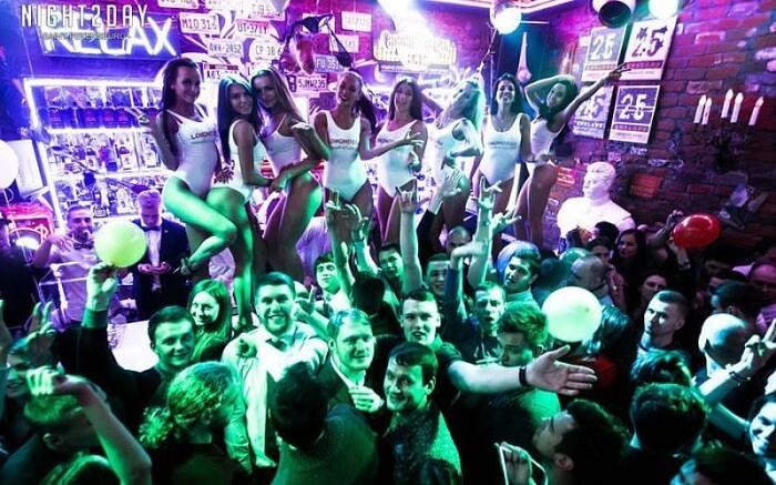 acj-0406-nightlife-in-russia (13)