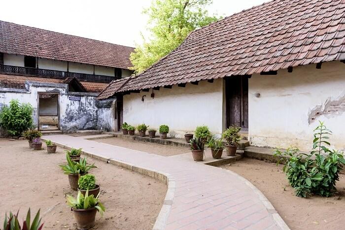 acj-2706-padmanabhapuram-palace (3)
