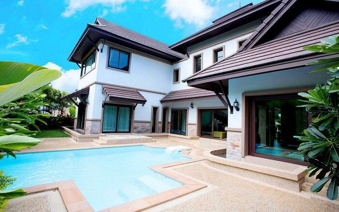 outdoor pool at Ozone Villa Phuket