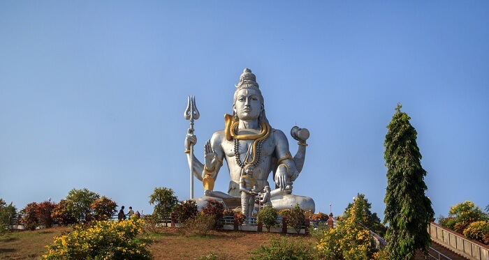 the statue park that beautifully depicts the history behind the temple