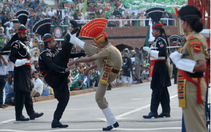 6 Places To Visit in Amritsar For A Glimpse Of The Momentous Past ss30072018