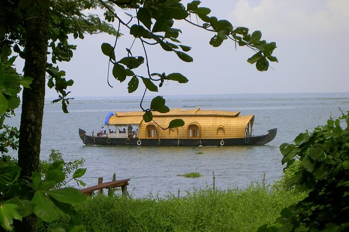 Ashtamudi Lake, Kollam