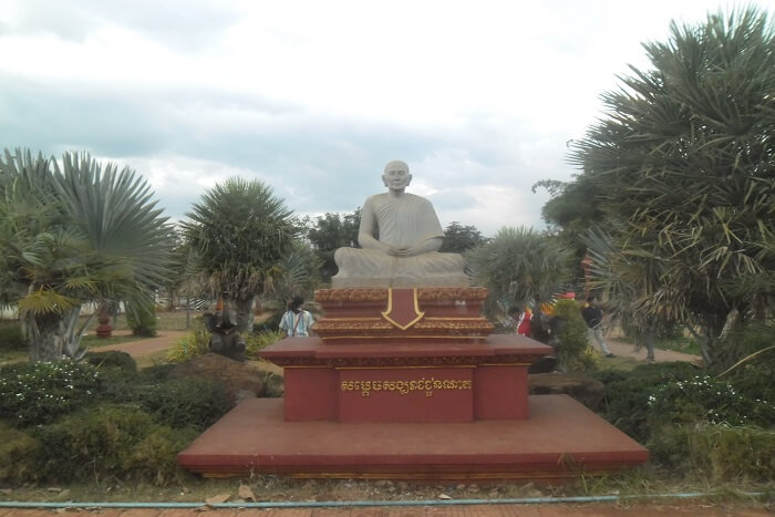 place to visit in cambodia