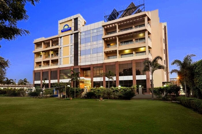 Days Hotel Neemrana is a modern resort