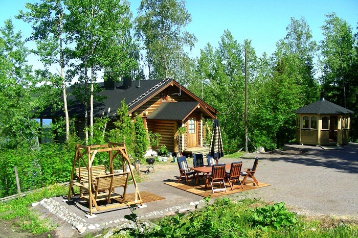Stay amidst nature in the quiet environs