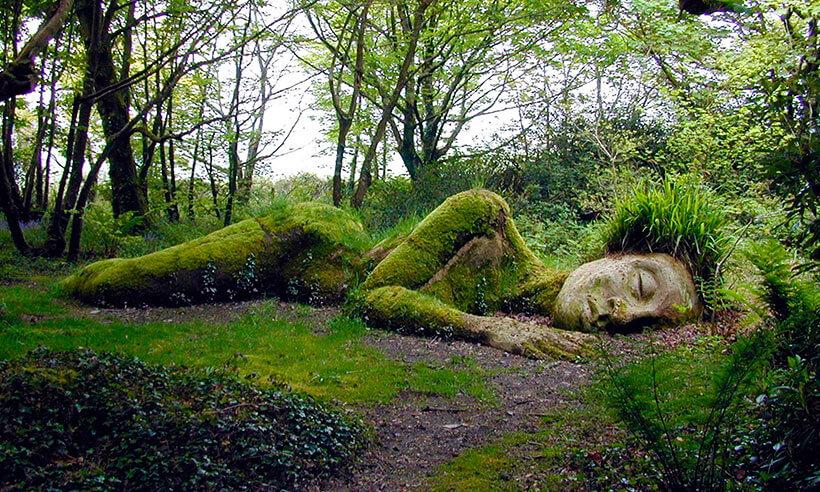 sleeping giant statue