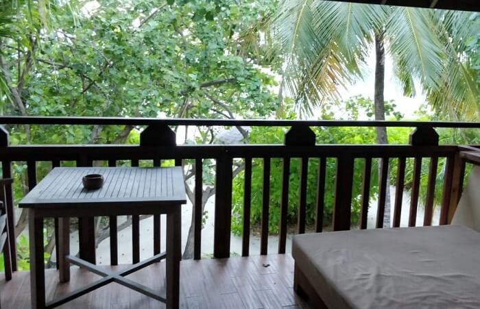 balcony in jacuzzi villa
