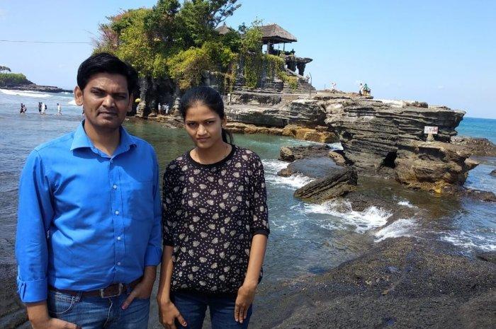 couple on a bali beach