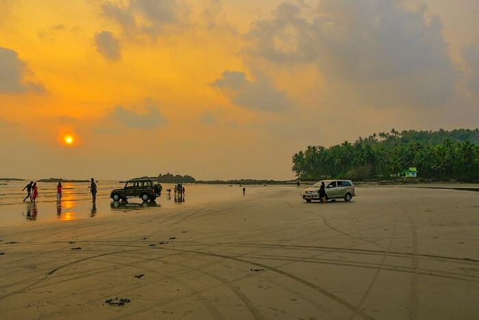 Muzhappilangad Beach, Kannur
