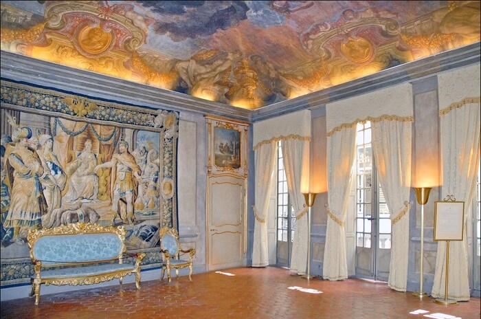 Palais Lascaris
