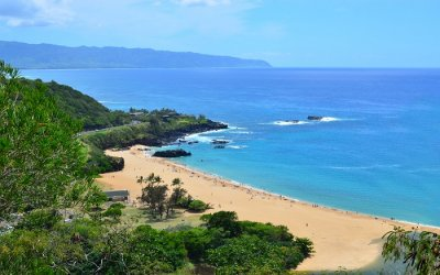 Waimea beach with beautiful views ss20072018