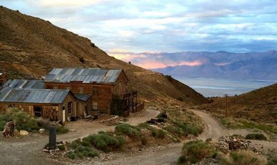 ghost town in inyo