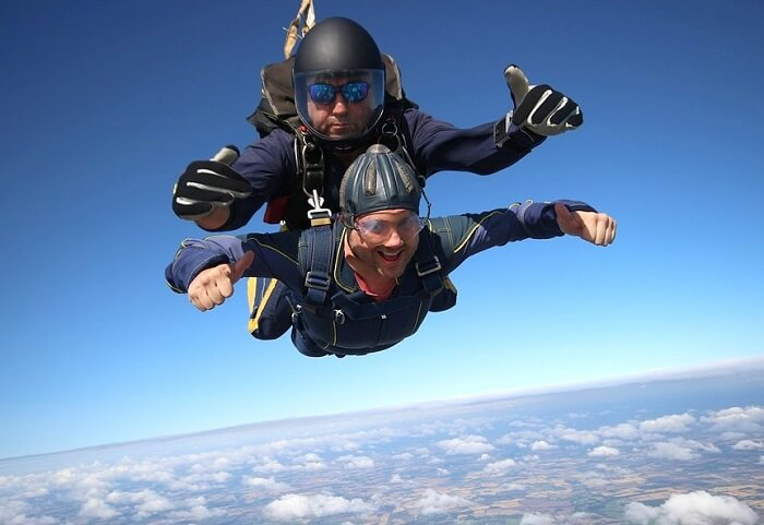 Adventurous skydiving experience