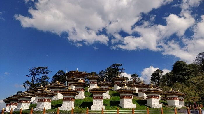 rohit bhutan family trip travelogue dochula pass