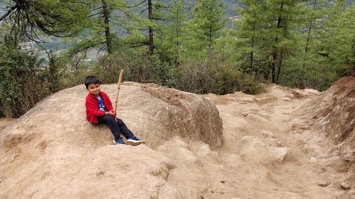 rohit bhutan family trip travelogue son trek