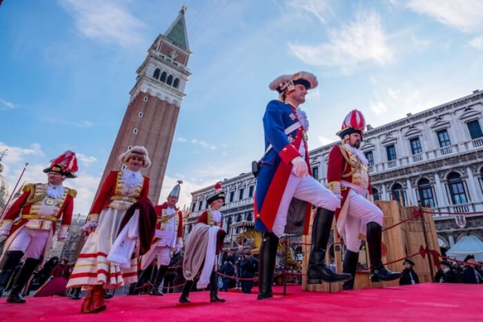 street performance during Venice Carnival