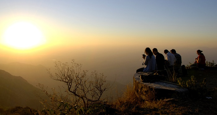 People watching sunset in Mount Abu