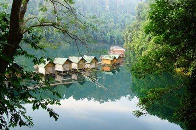 floating bungalows Khao Sok