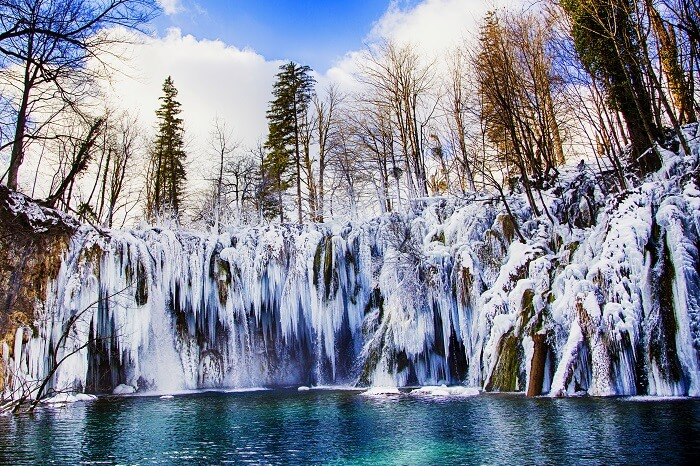 Frozen Waterfalls croatia