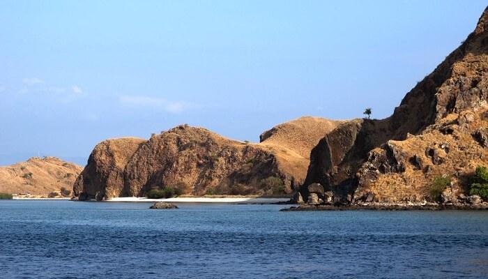 est Time To Visit Komodo Island