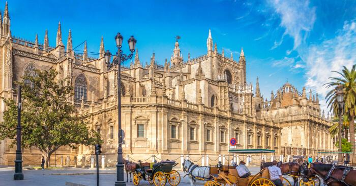 10 spanish mosques impressive historic muslim architectures