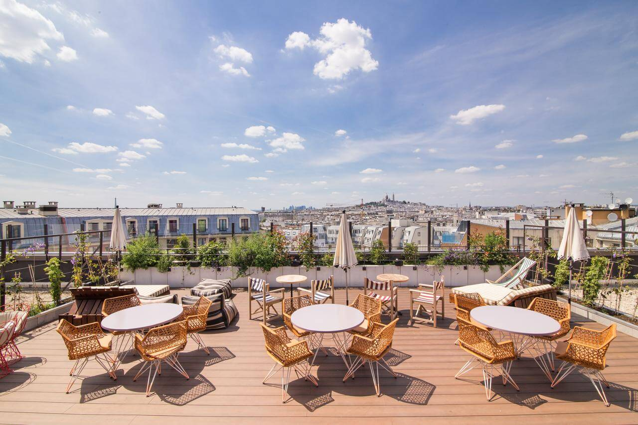 one of the ritziest hostels in Paris with private rooms