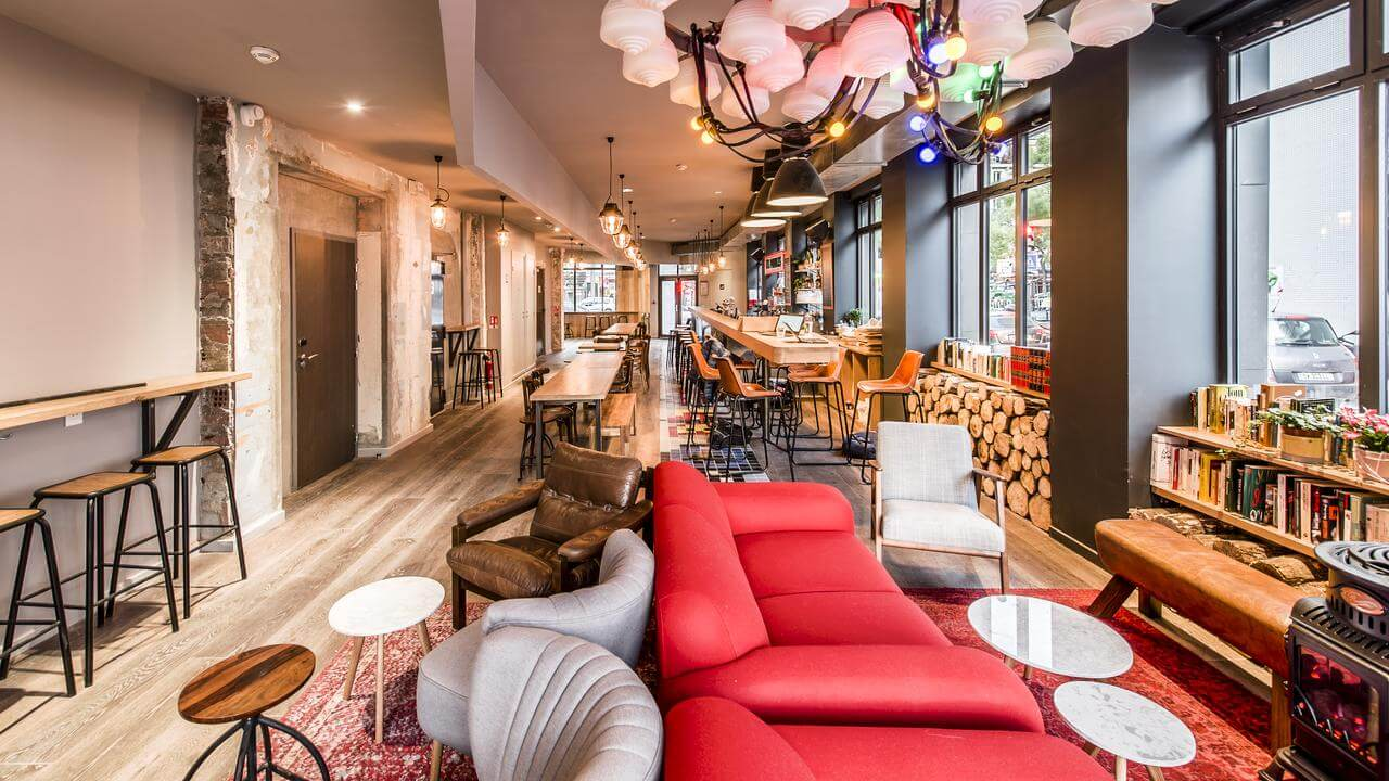 one of the best hostels in Paris for couples