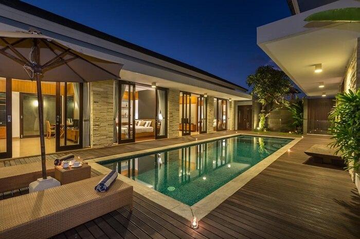 a huge pool in villa