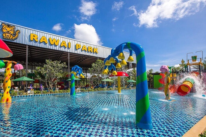 one of the largest kids' water parks in Phuket