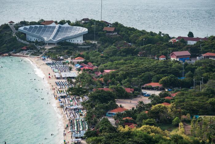 Samae Beach in Koh Larn Thailand