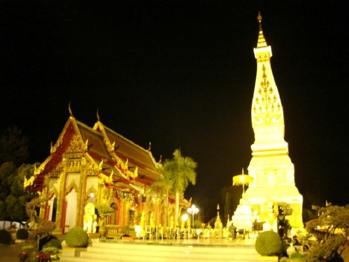 temple of gold in Thailand